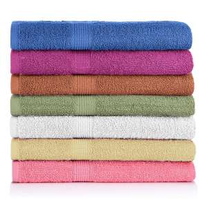 5. CrystalTowels 7-Pack Bath Towels