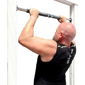 6. Garren Fitness Maximiza Pull Up Bar Locking Doorway