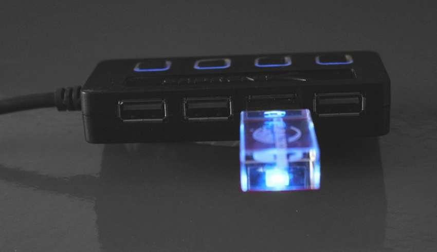 ZUKN Acasis USB 2.0 3.0 Compact Lightweight Portable High Speed USB Hub for Laptop 4 Ports Adapter USB hubs Splitter Black