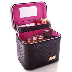 8. Sooyee Professional Makeup Train Case